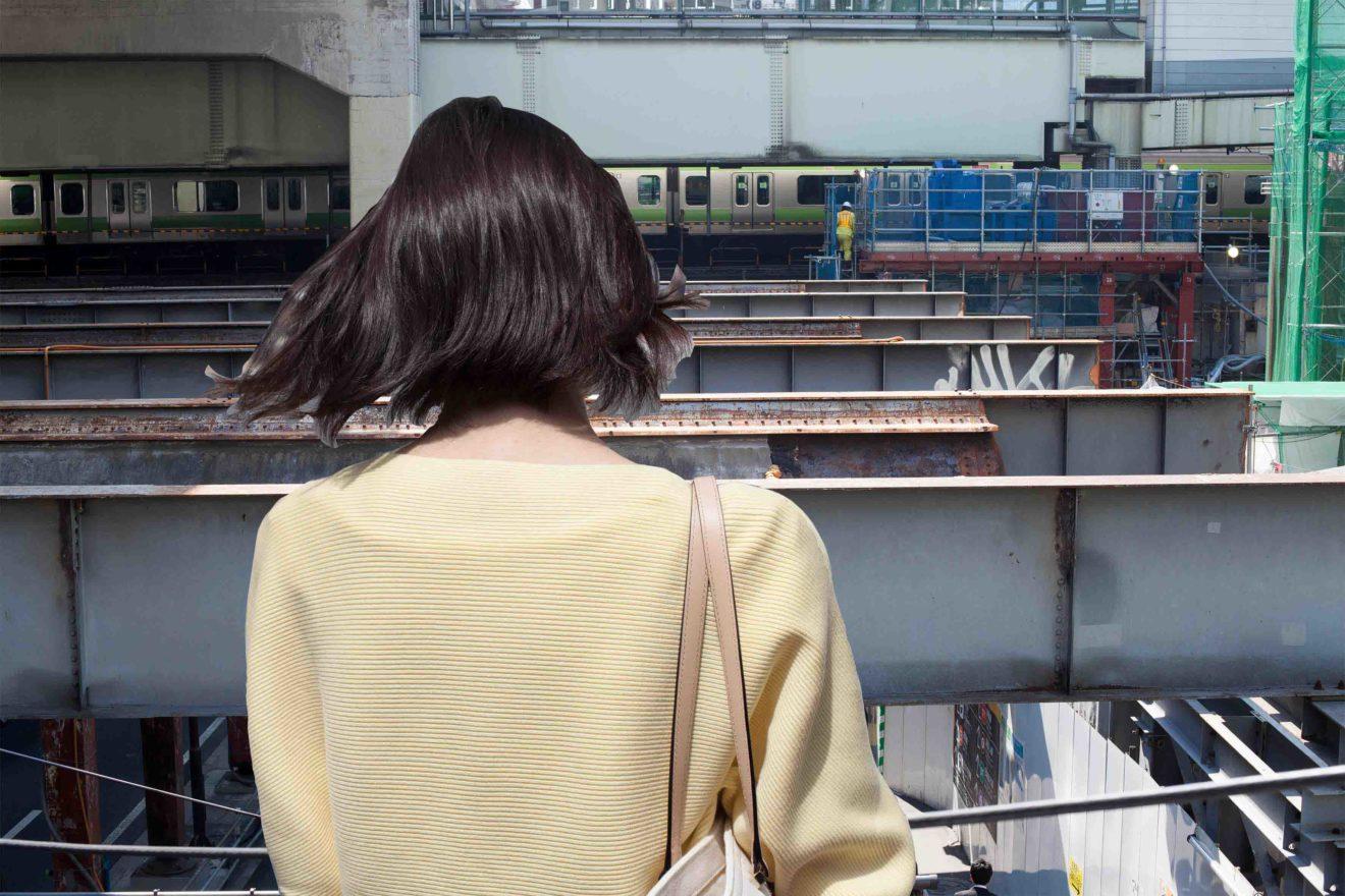 back_dreiu_yellowsweaters